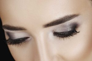 eyelash-eyeborw-tinting-shaping-course